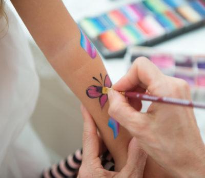 peinture enfant maquillage stand animations anniversaires