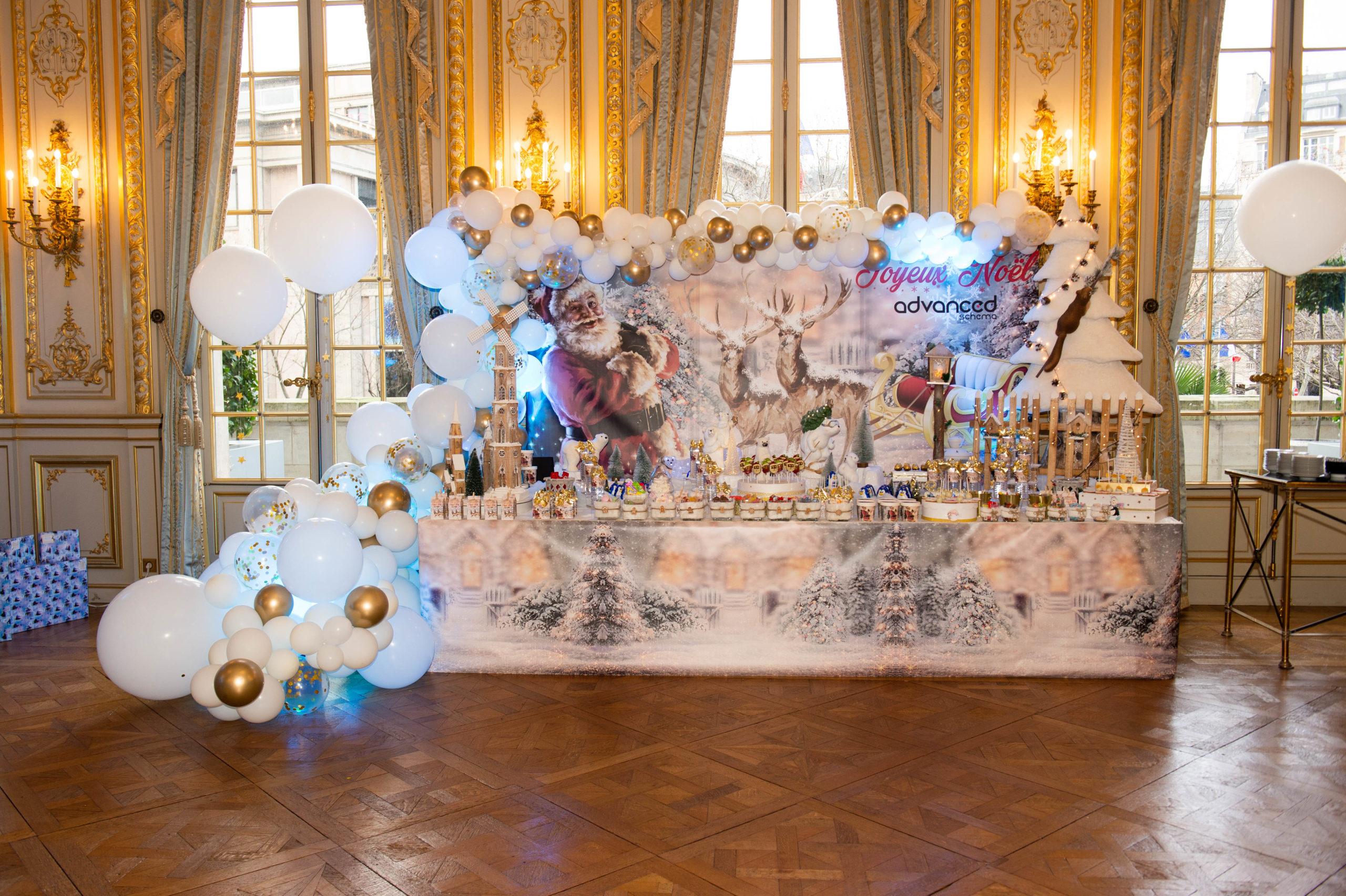 Buffet noel ballons corporate hivers blanc gâteaux