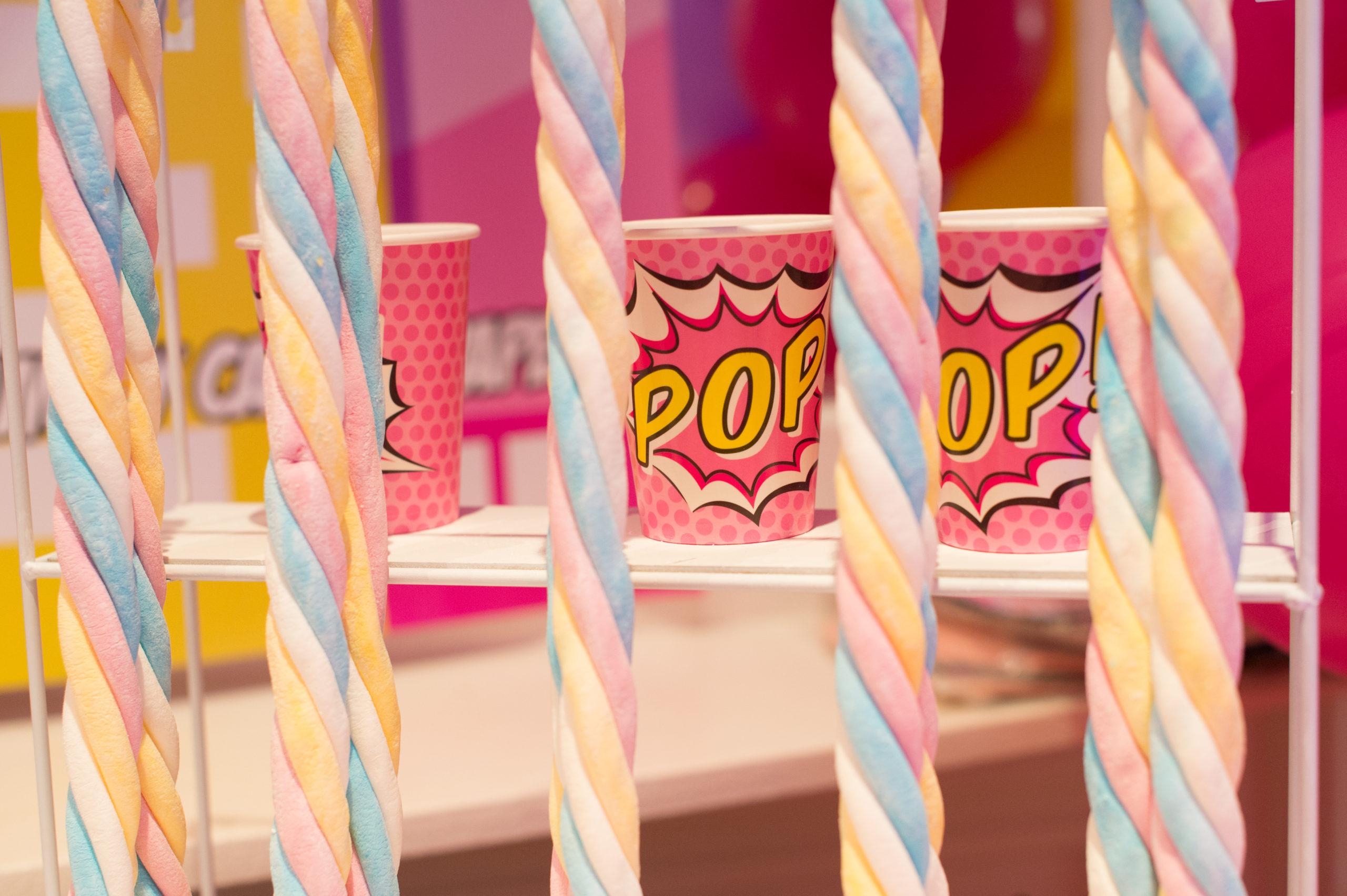 bonbons pop rose enfants